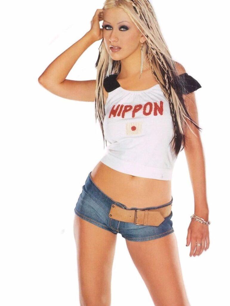 Celebrity diets, celebrity workout, celebrity workout routine, Christina Aguilera diets, Christina Aguilera Weight Loss, Megan Fox workouts